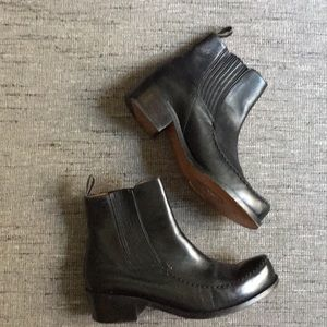 Robert clergerie Chelsea creeper leather booties